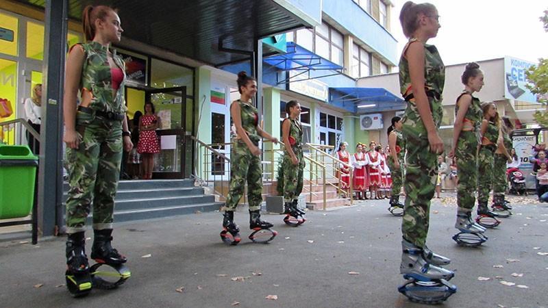 Русенската танцова школа и вариететно изкуство сдружение фламинго откриване 10