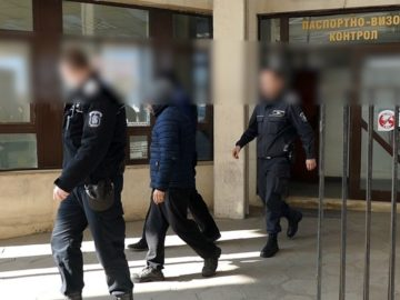 телефонни измамници Гърция