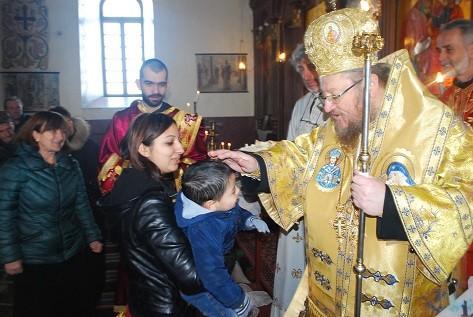 Русенският митрополит Наум посети село Дряновец