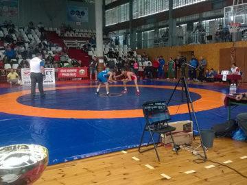 държавното лично отборно първенство по свободна борба за момчета русе зала дунав