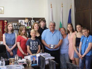Иван Григоров посрещна руски ученици
