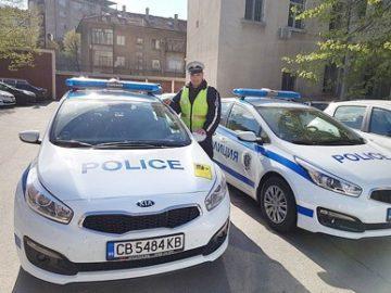полицейски автомобили