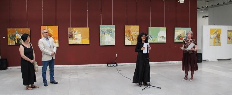 Откриха изложба, посветена на 60 години от рождението на Пламен Монев