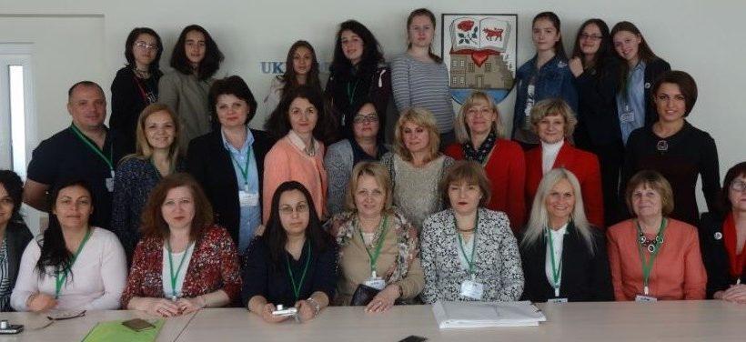 """Учители от СУ """"Възраждане"""" участваха в среща по проект """"Practice Makes Perfect"""" на програма """"Erasmus+"""" в Литва"""
