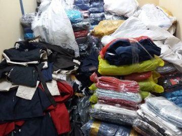 Служители на Митница Русе задържаха голямо количество фалшифицирани дрехи