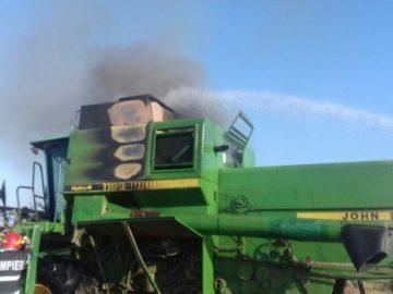 Пожарникари гасиха запалване в комбайн на гюргевска нива