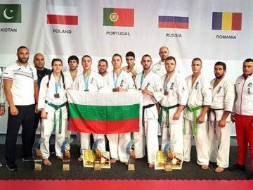 Ангел Вецов и Павел Стефанов от русенския клуб Ипон са бронзови медалисти