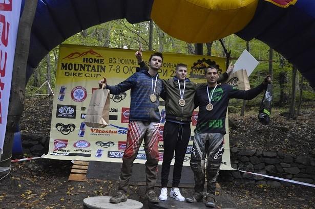 За втора поредна година байкърът Йордан Анчев стана републикански шампион