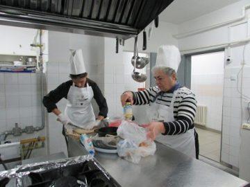 """RuseInfo участва в кулинарното състезание за непрофесионалисти """"На върха на ножа"""""""