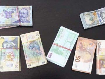 Над 40 000 евро скрити от китаец в автомобил хванаха на Дунав мост 1