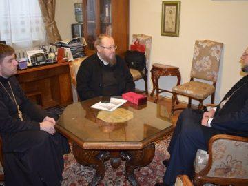 Украински архиерей гостува на Русенския митрополит Наум