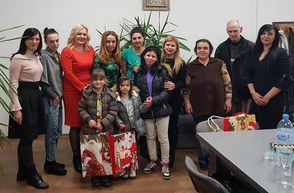 Народният представител Светлана Ангелова и Жени ГЕРБ