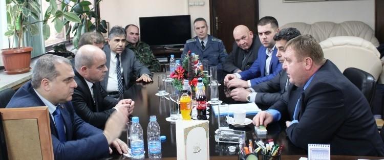 Министърът на отбраната Красимир Каракачанов посети Русе