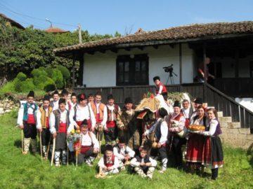 Джамал ще гони злите сили от русенското село Кошов на Ивановден