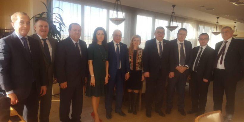 Народният представител Светлана Ангелова сподели добри практики в социалната и образователната политика с колеги от Азербайджан