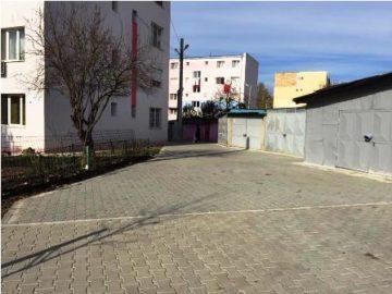 Топлото време позволява изграждането на нови тротоари в Гюргево
