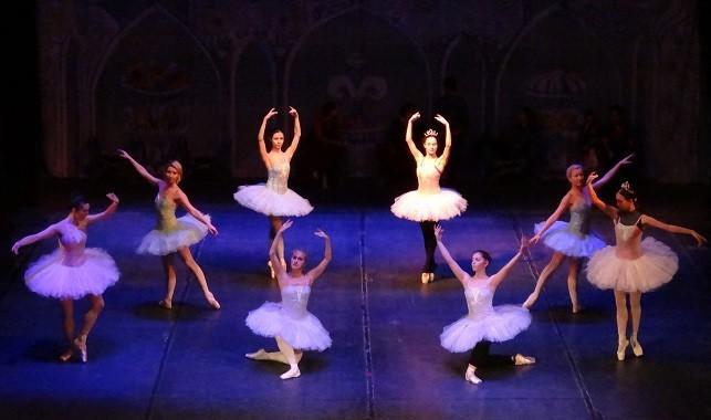Лешникотрошачката балет