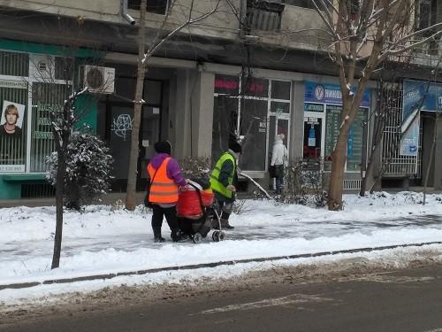 """ДЗЗД """"Паркстрой"""" за разчистване първо на русенските спирки на градския транспорт"""