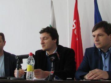 """депутатите от """"Коалиция за България"""""""
