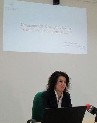 НАП - Русе: Вече 400 декларации за доходи са изпратили граждани и фирми