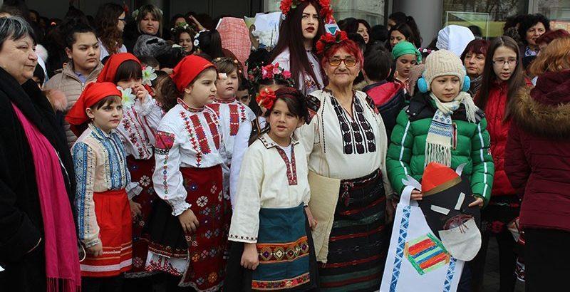 ден на народната носия