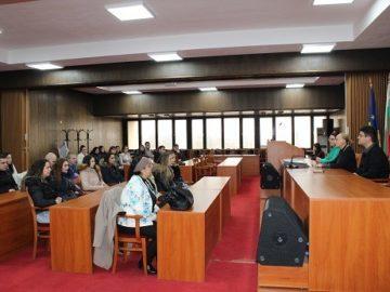 Студенти по право от Русенския университет посетиха днес Община Русе