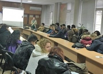 Областният информационен център направи изнесени приемни в две русенски училища