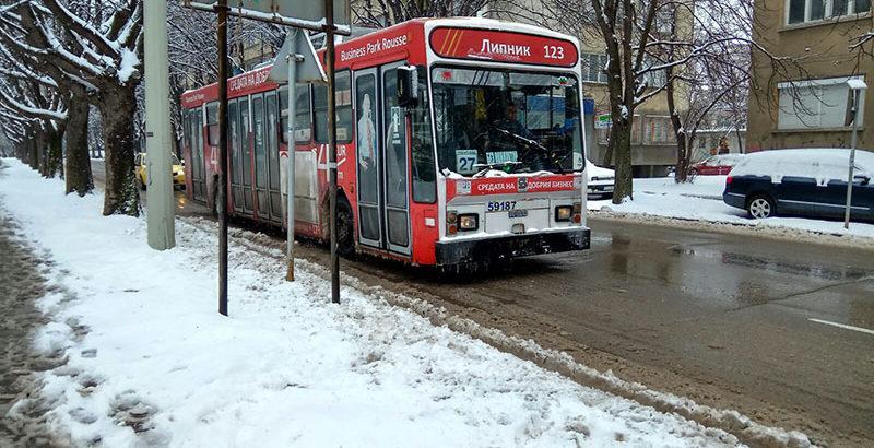тролейбус зима транспорт