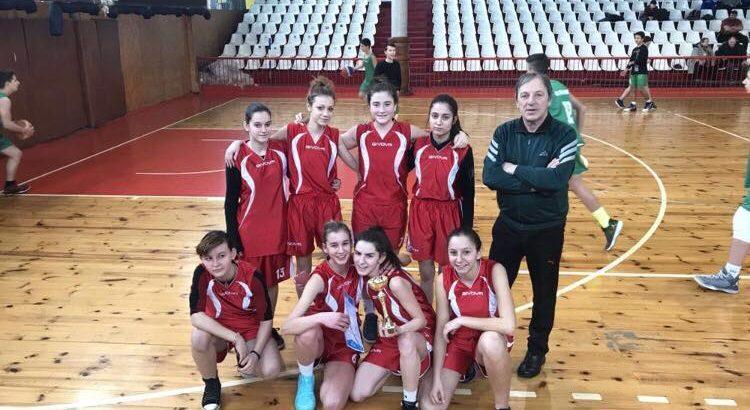 Второ място за ПГ по туризъм - Русе на общинското първенство по баскетбол за девойки