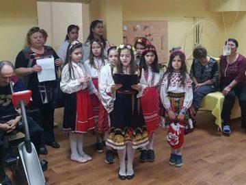 """Лазарки посетиха УМБАЛ """"Медика"""" - Русе"""