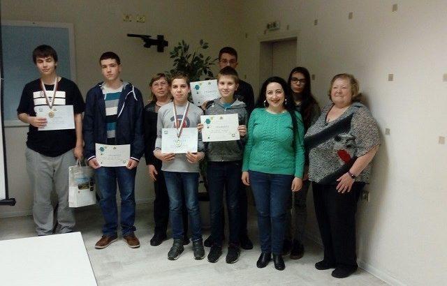 """Златен и бронзов медал на националния кръг на олимпиадата по информатика за ПМГ """"Баба Тонка"""" - Русе"""
