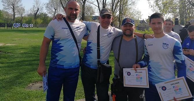 Стрелците с лък на «Джамбо 2006» започнаха новия спортно-състезателен сезон на открито с високи резултати в румънски турнир в Букурещ