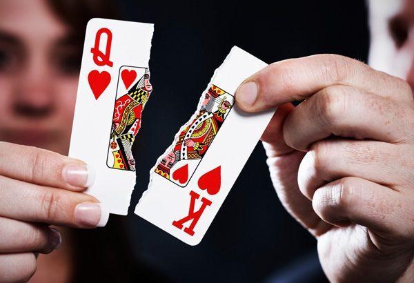 скъскване на карти за игра