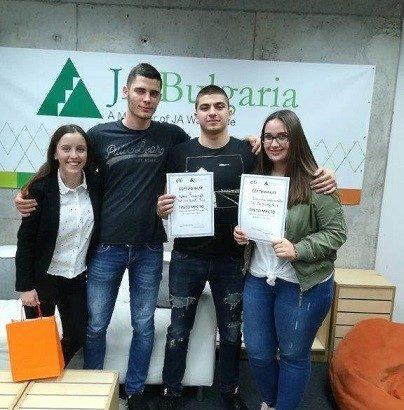 """Поредни успехи за младите предприемачи от АГ """"Гео Милев"""" - Русе"""