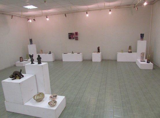 """Изложба на младите таланти от ПГСАГ """"Пеньо Пенев"""" – Русе се откри в Художествената галерия"""