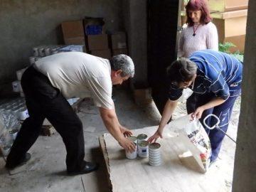 442 души от община Ценово получиха хранителни помощи от БЧК