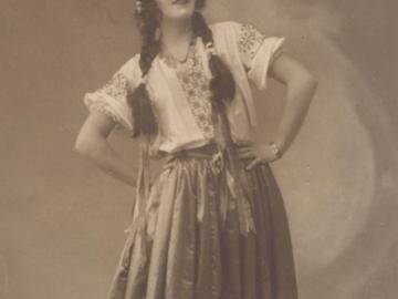 В международният ден на балета е момента да си спомним за русенката Надя Винарова – първата българска примабалерина
