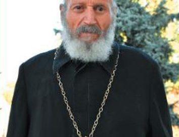 Почина ставрофорен свещеноиконом Минко Казаков