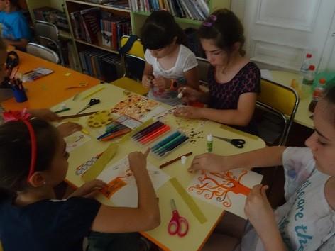 """10 дни децата вървяха """"По пътя на изкуството – от Дега до Пикасо"""" с водещ Албена Симеонова"""