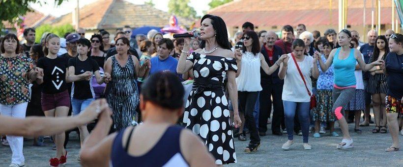 Полско Косово празнува