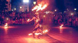 """""""StreetBike Theatre"""" зарадваха стотици русенци в първата вечер от третото издание на """"Международен фестивал Живи статуи 2018 Русе"""""""