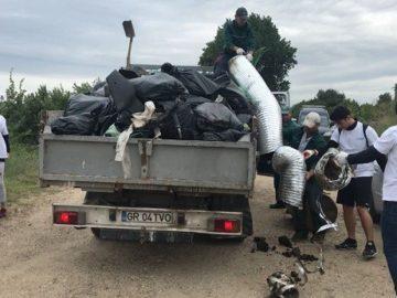 Над 100 полицейски служители в Гюргево се включиха в екоакция по поречието на Дунава