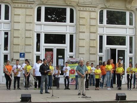 """Тази вечер бе открит националният ученически фестивал """"Климент Михайлов"""" - Русе"""