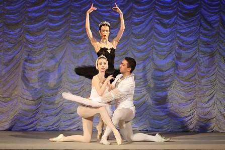 """Държавна опера - Русе ще представи балетния спектакъл """"Лебедово езеро"""""""