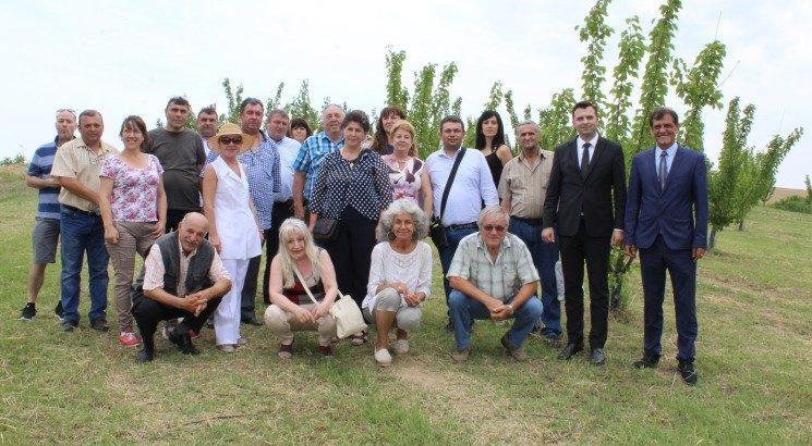 Експерти от България и Румъния разискваха в Ценово общите проблеми и добри практики в пчеларството