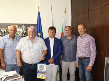 Заместник-кметът по хуманитарни дейности Иван Григоров се срещна с ротарианци