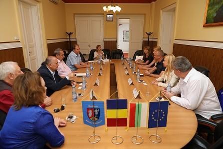 Народните представители Пламен Нунев и Светлана Ангелова подкрепят сътрудничеството на Държавна опера – Русе с румънски театри и фестивали