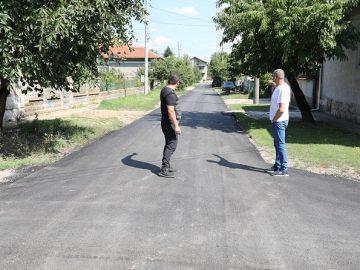 Народният представител Пламен Нунев провери как се ремонтират улиците в Мартен