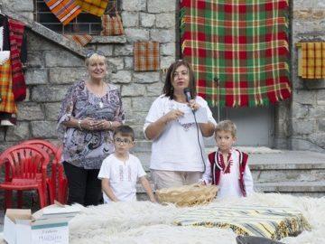 """Фестивалът на пататника събра стотици посетители по случай седмата годишнина на балнеокомплекс """"Медика Наречен"""""""