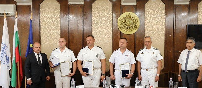 По повод 139 години от създаването на ВМС в Русе бяха наградени военнослужещи
